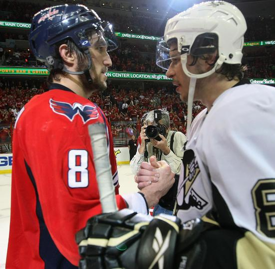 Alex Ovechkin and Sidney Crosby Shake hands. (Getty Images)