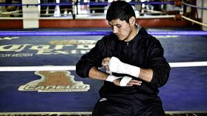 "Courtesy Canelo Promotions Oscar ""Fantasma'' Gonzalez, Mexican featherweight, was knocked out in the 10th round over the weekend and died Monday in Mexico of a brain injury."